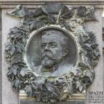 Monumento funebre Achille e Giulietta Forti (dettaglio), 1925 circa, Verona, cimitero ebraico - Carlo Spazzi