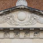 Pantheon Piis Lacrimis (dettaglio timpano) 1844 - Verona, Cimitero Monumentale