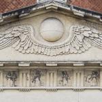 Pantheon Ingenio Claris (dettaglio timpano) 1861 - Verona, Cimitero Monumentale