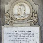 Monumento funebre Olivieri 1909 (dettaglio) - Carlo e Attilio Spazzi - Cimitero di S. Bonifacio (Vr)